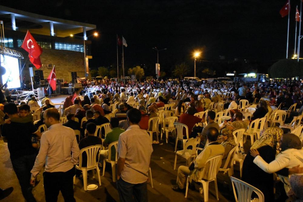 Akhisar demokrasi nöbeti 18. günü galerisi resim 25
