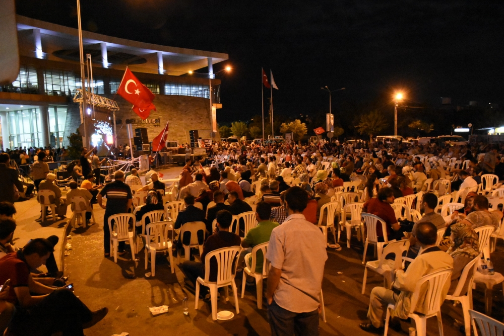 Akhisar demokrasi nöbeti 18. günü galerisi resim 28