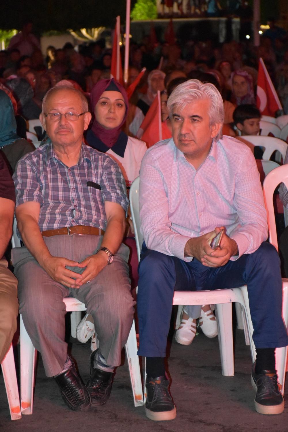 Akhisar demokrasi nöbeti 18. günü 38