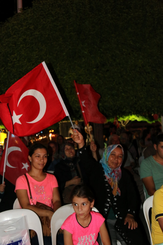 Akhisar demokrasi nöbeti 18. günü 39