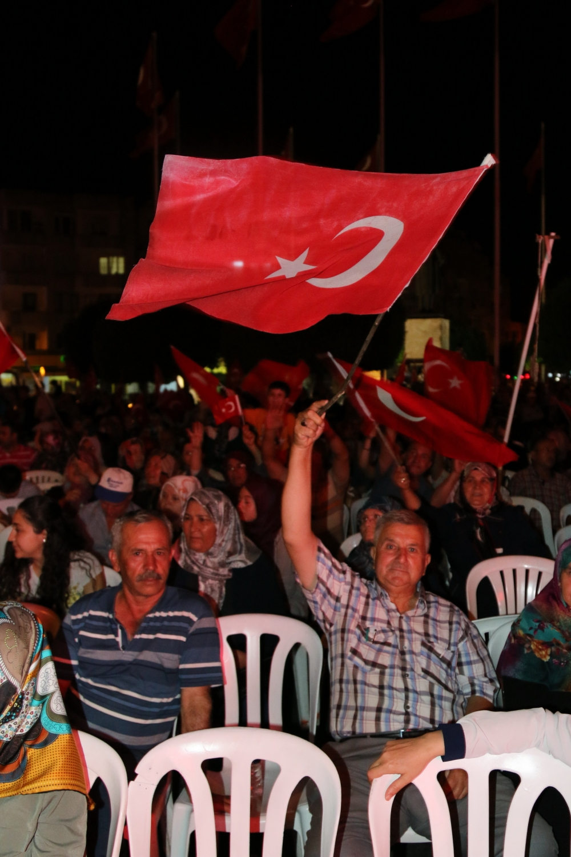 Akhisar demokrasi nöbeti 18. günü 46