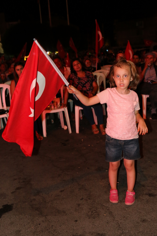 Akhisar demokrasi nöbeti 18. günü galerisi resim 49