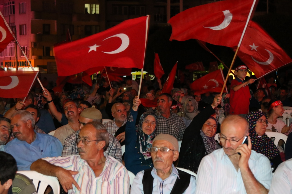 Akhisar demokrasi nöbeti 18. günü galerisi resim 6