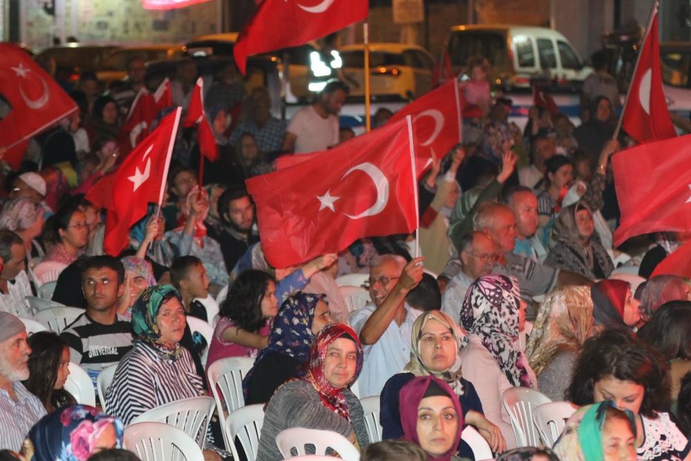 Akhisar'da demokrasi nöbetinin 19.günü galerisi resim 16