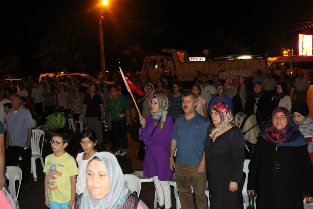 Akhisar'da demokrasi nöbetinin 19.günü 26