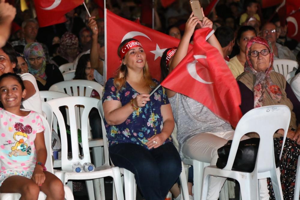 Akhisar'da demokrasi nöbetinin 19.günü 5