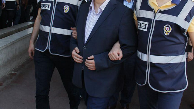 Manisa'da FETÖ Operasyonu: 187 Tutuklu, 126 Gözaltı