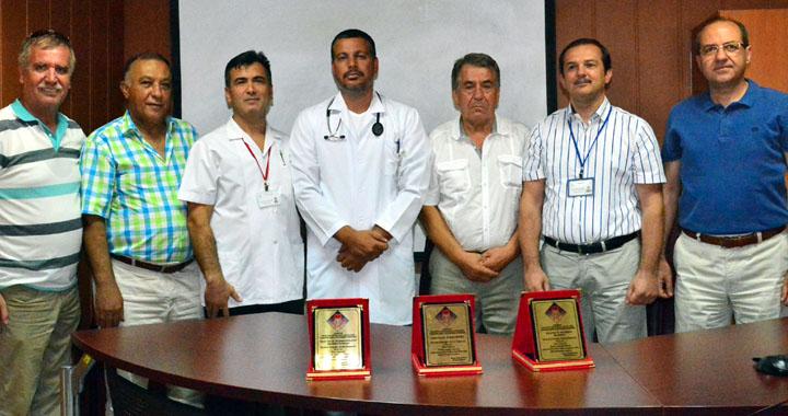 Dahiliye Uzmanı Ali Şafak Demirli Akhisar'da Yılın Doktoru