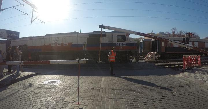 Akhisar – Eskişehir mavi tren seferleri başladı