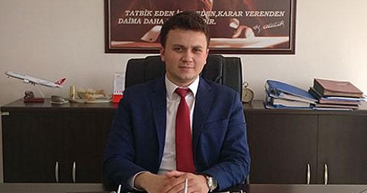 Türkiye'nin en genç kaymakamı Akhisarlı Mehmet Deniz Arabacı oldu