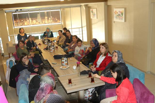 Akhisar'da Down Sendormlu bireylerde aile eğitim semineri