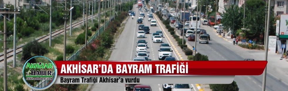 Bayram Trafiği Akhisar'a vurdu