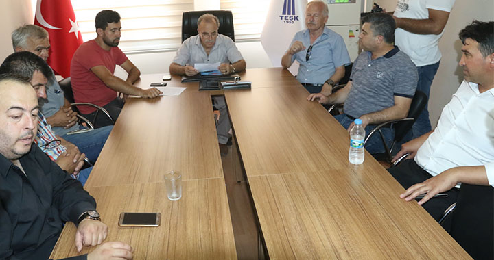 Akhisar esnaf oda başkanlarından ortak 15 Temmuz basın açıklaması
