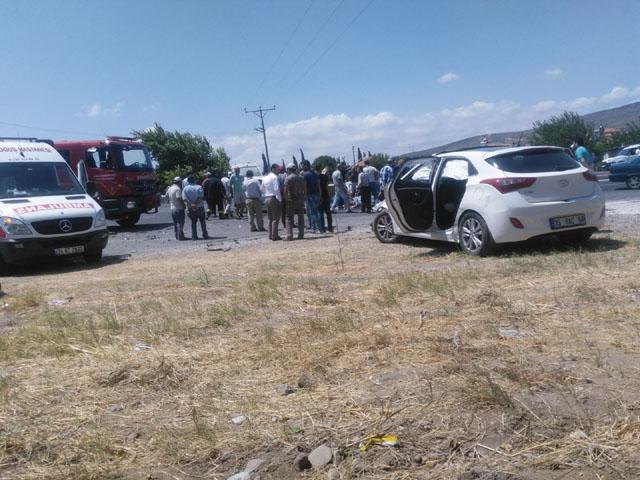 Akhisar'da kaza; 2 yaralı