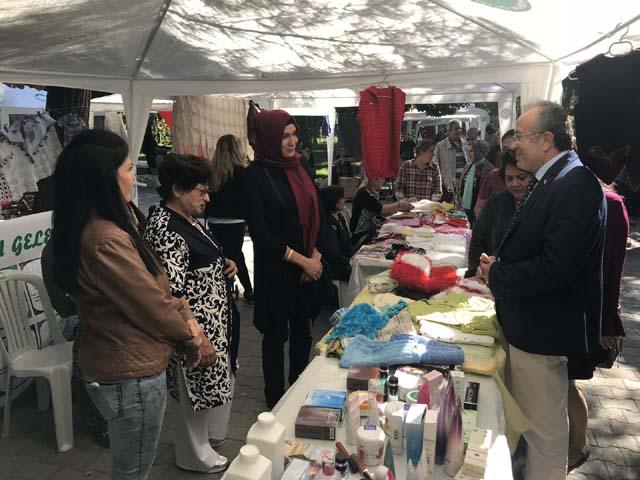 Manisa Büyükşehir'den Akhisar kadın el pazarına destek