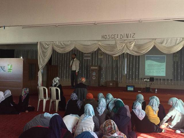 Akhisar'da bağımlılık konferansları