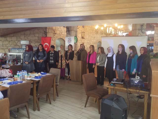 Eğitim Bir-Sen bayanlar komisyonu, istişare toplantısı gerçekleştirildi