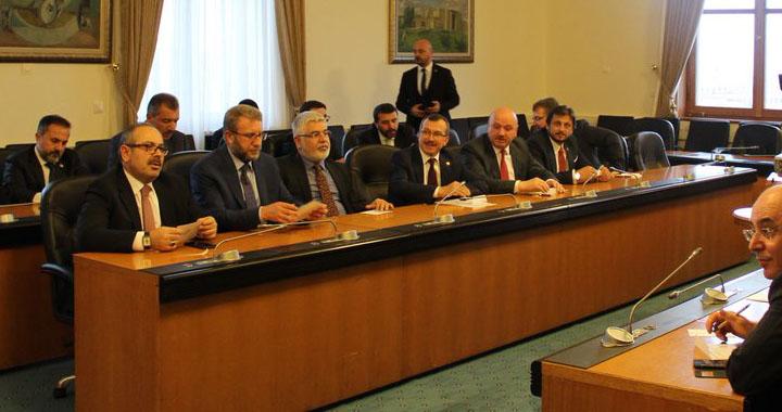 Uğur Aydemir yeniden KİT komisyonu başkanlığına seçildi