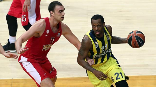 Fenerbahçe Uzatmalarda Boyun Eğdi