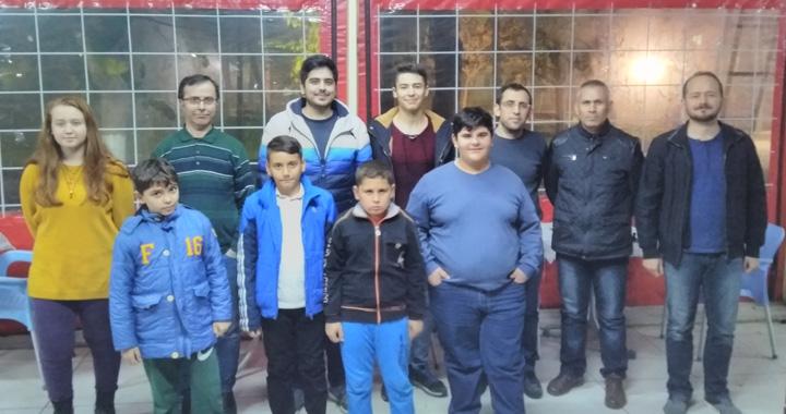 Satrancın tek aktif kulübü; Akhisargücü