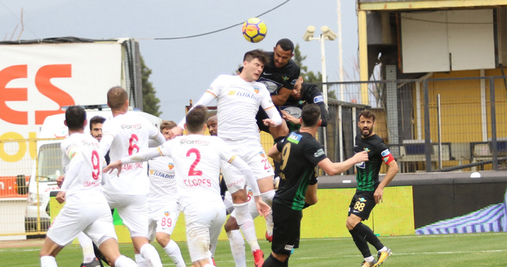 T.M. Akhisarspor evinde Kayserispor'a mağlup oldu