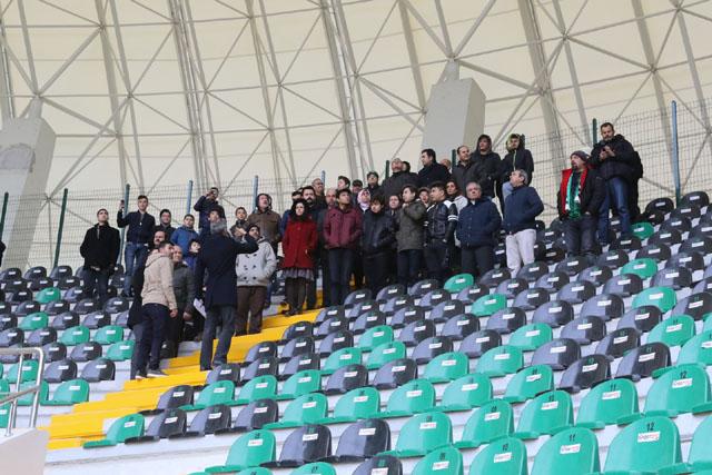 Stadyum turuna katılanlara çok özel hatıra bileti ve kaşkol