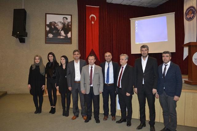 """MCBÜ Akhisar'da """"İstiklal Marşının kabulü ve Mehmet Akif Ersoy"""" anlatıldı"""