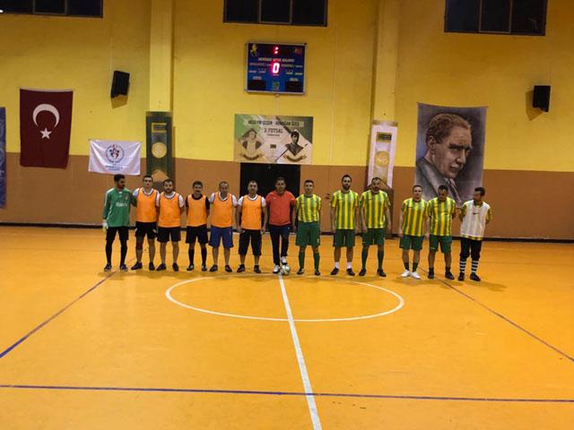 Akhisar 3.Futsal Turnuvası başladı
