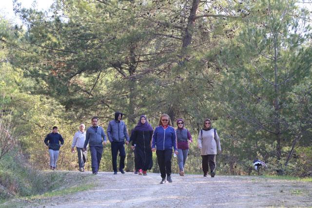 Zinde Yaşam Kulübü doğa yürüyüşünde rota bu hafta Dağdere oldu