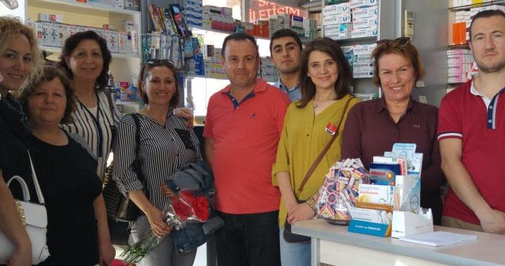 CHP Kadın Kolları 14 Mayıs Eczacılar Günü'nü unutmadı