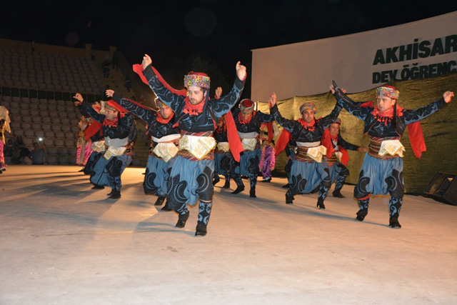 """Afem GSK'dan """"Minik Adımlarla Anadolu"""" gösterisi"""