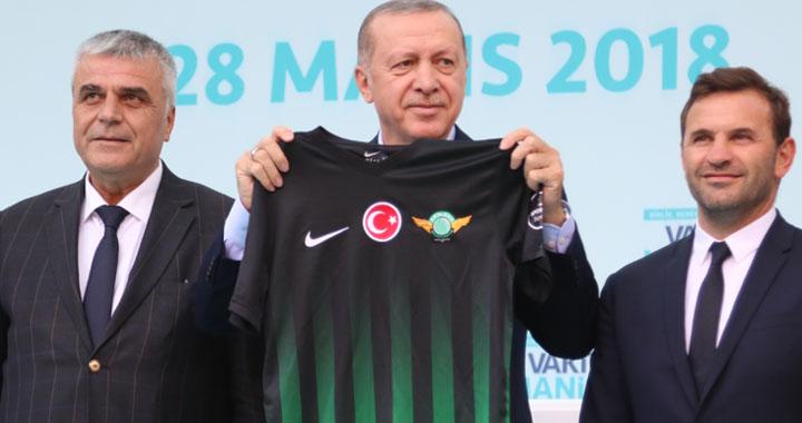 T.M. Akhisarspor'da iç transfer görüşmeleri haftaya şekillenecek