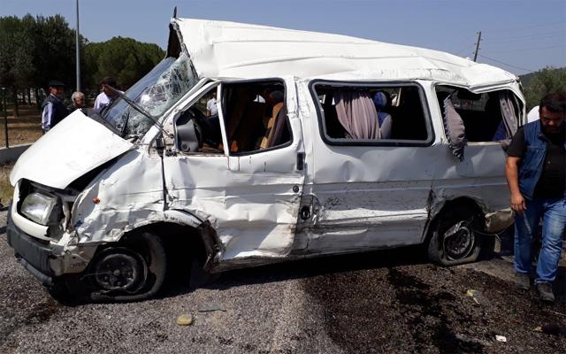 Kazada ağır yaralanan 2 kişi hayatını kaybetti