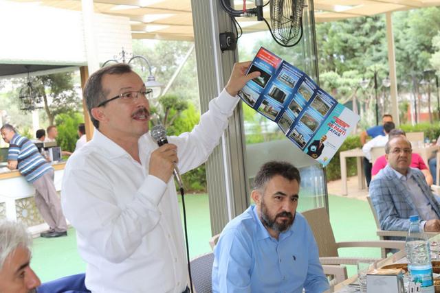 AK Parti Manisa Milletvekili Uğur Aydemir, Akhisarlı muhtarlara buluştu