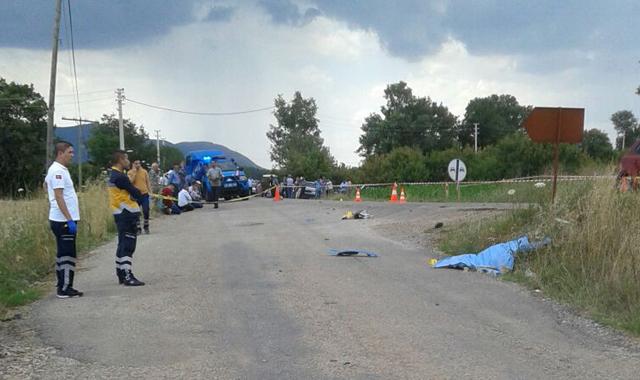 15 yaşındaki motosiklet sürücüsü kazada öldü