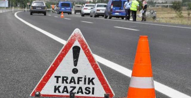 Akhisar-Saruhanlı arasında feci kaza 1 ölü 5 yaralı