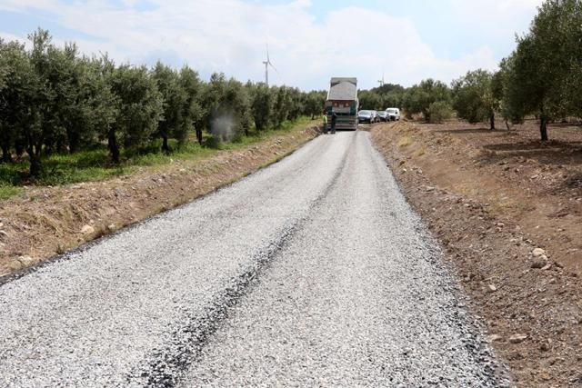 28 mahalleyi sevindiren asfalt çalışması