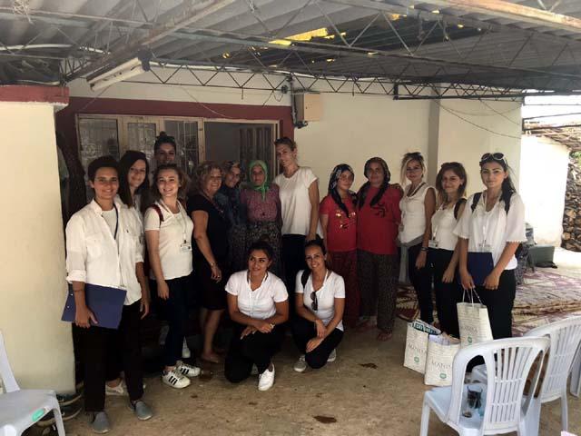 Büyükşehir sosyal doku ekibi gönüllere dokunuyor