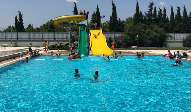 Serinlemek isteyenlere Gülbeyaz Yüzme Havuzlarından indirim geldi!