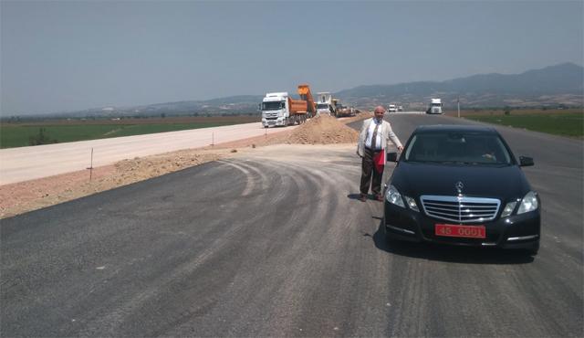Vali Güvençer, İzmir-İstanbul otoyolu inşaatını inceledi