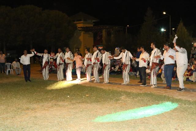 Akhisar Kültür Buluşmasında Bitlisliler Gölet alanında buluştu