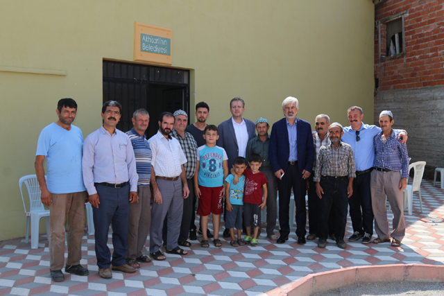 Akhisar Belediye Başkanı Salih Hızlı'dan Muştullar Mahallesine ziyaret
