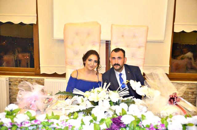 İpek ile Cihan, evlilik yolunda ilk adımlarını attı