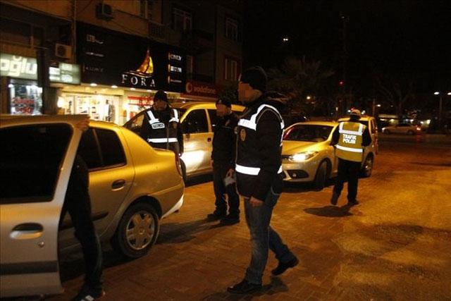 Akhisar'da genel asayiş uygulaması yapıldı