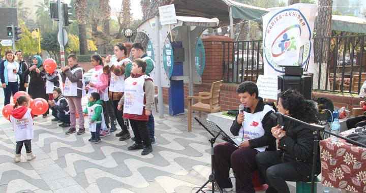 Akhisar Özel Eğitim Uygulama Okulu, Dünya Engelliler Gününde farkındalık yarattı