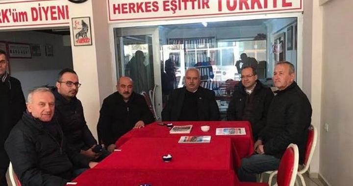 Ali Velestin, MHP İlçe Teşkilatını ziyaret etti