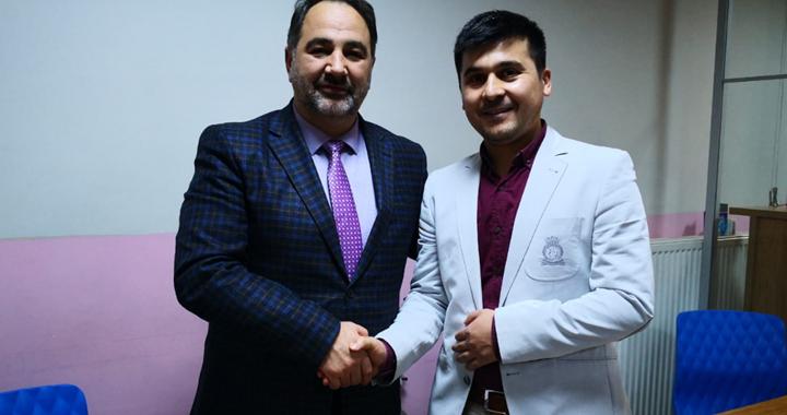 Akhisarlı kurs öğreticisi evini Türkiye Diyanet Vakfına bağışladı