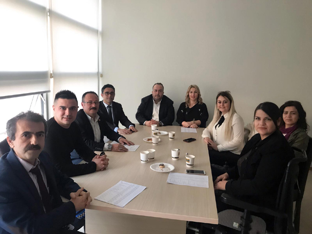 Akhisar Kent Konseyi Başkanı Hüsnü Kahraman istifa etti