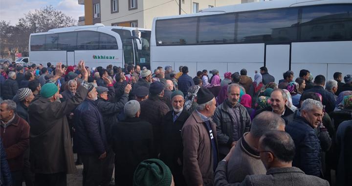Akhisar'dan kutsal topraklara Umreci kafile uğurlaması devam ediyor