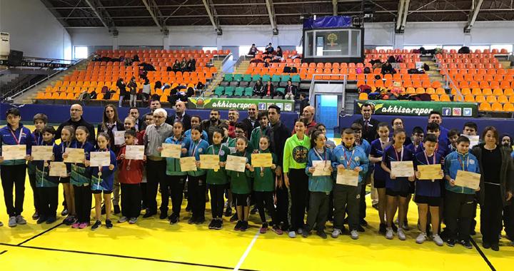 Anadolu yıldızlar ligi masa tenisi grup müsabakaları Akhisar'da yapıldı